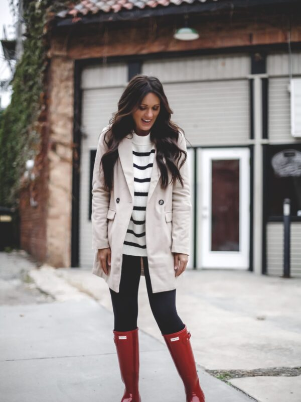 ways to wear how to style hunter boot outfit ideas snow boots rain boots 3